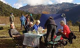 Al fresco breakfast on the Druk Path Trek