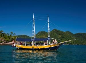 Boat tour, Costa verde, Brazil
