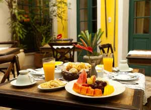Breakfast at Villa Bahia