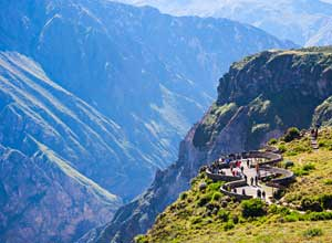 Cruz del Condor viewpoint at Colca Canyon