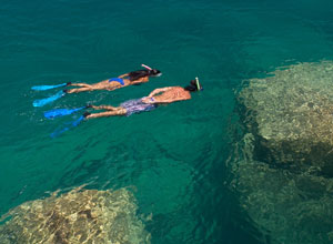 Snorkelling in Lake Malawi at Kaya Mawa